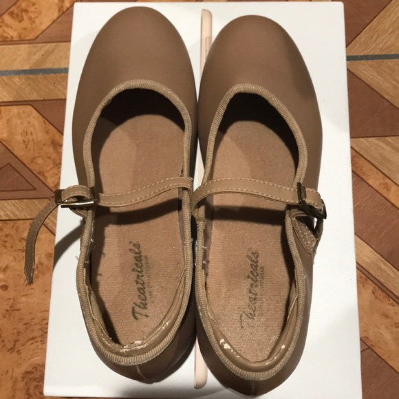 Theatricals Other - Tap shoes